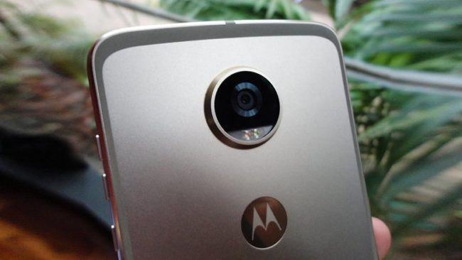 Motorola Moto Z2 Play - Камера